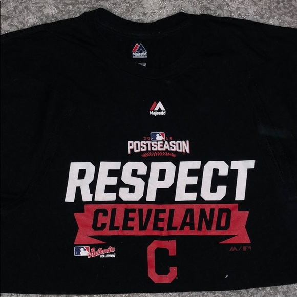 a4642e84 Size L Cleveland Indians Short Sleeve Tee
